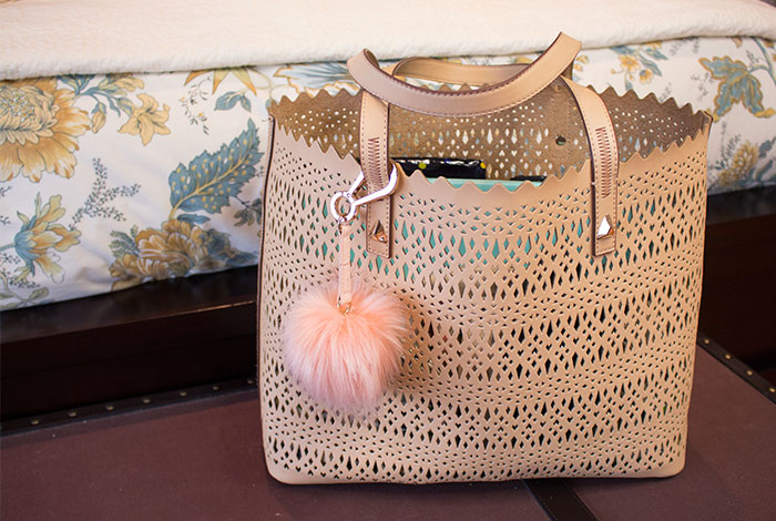 stella and dot avalon tote